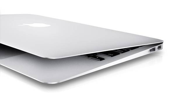 Macbook-Air-11-inch-Mid-2012-MD224-cu-gia-re