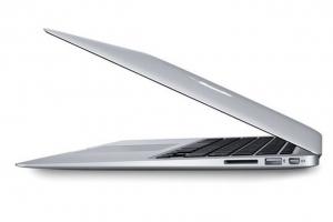 bán Macbook Air 13 inch cũ MC966 giá rẻ tin cậy