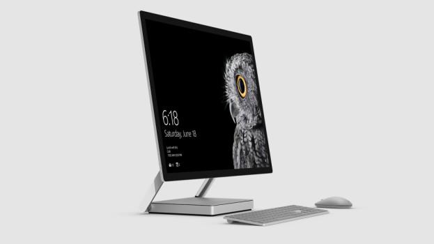 "Microsoft ""xem thường"" Macbook Pro 2016 của Apple"