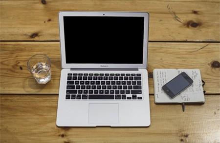 Tại sao bạn nên mua Macbook cũ chính hãng giá rẻ ngay lập tức ?
