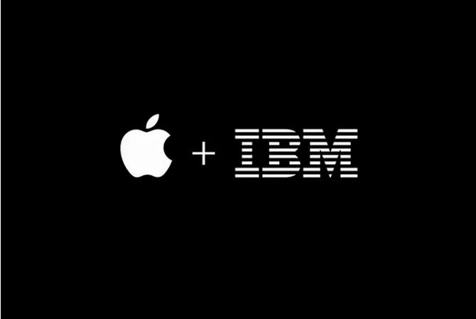 nhân viên IBM dùng macbook cũ chính hãng