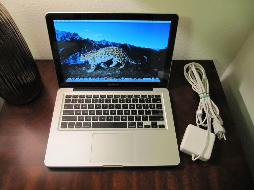 Macbook-Pro-Core-i5-cu